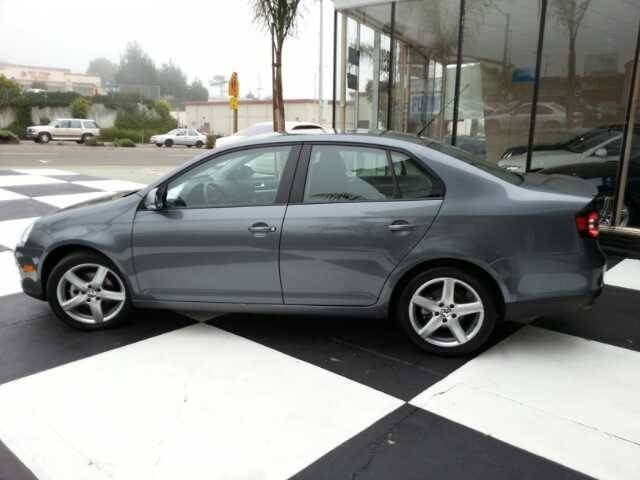 Volkswagen Jetta Limited Edition #4