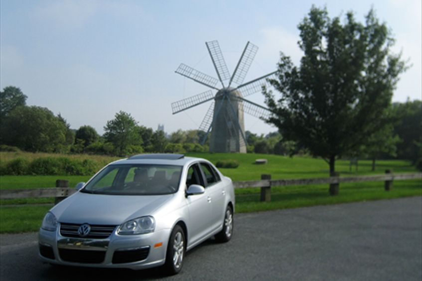 Volkswagen Jetta TDI Loyal Edition #100