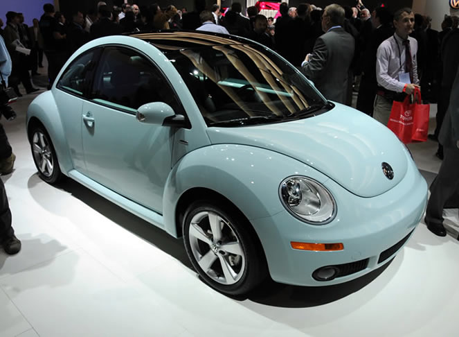 2010 Volkswagen New Beetle  Information and photos  MOMENTcar