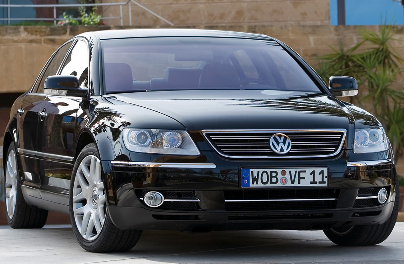 volkswagen phaeton information and photos momentcar. Black Bedroom Furniture Sets. Home Design Ideas