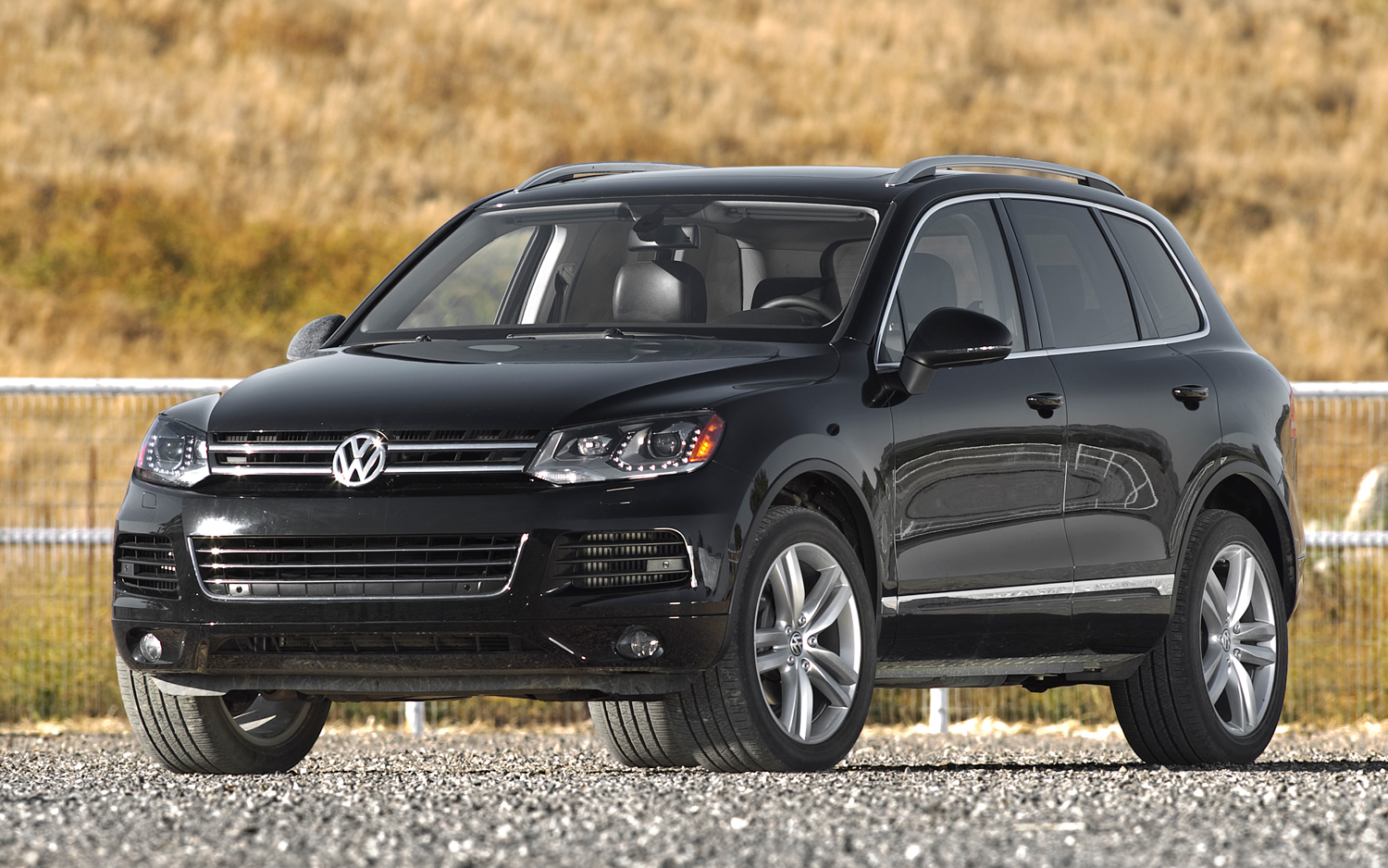 2012 volkswagen touareg information and photos momentcar. Black Bedroom Furniture Sets. Home Design Ideas