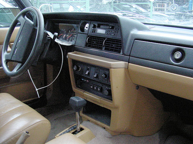 1989 Volvo 240 - Information and photos - MOMENTcar