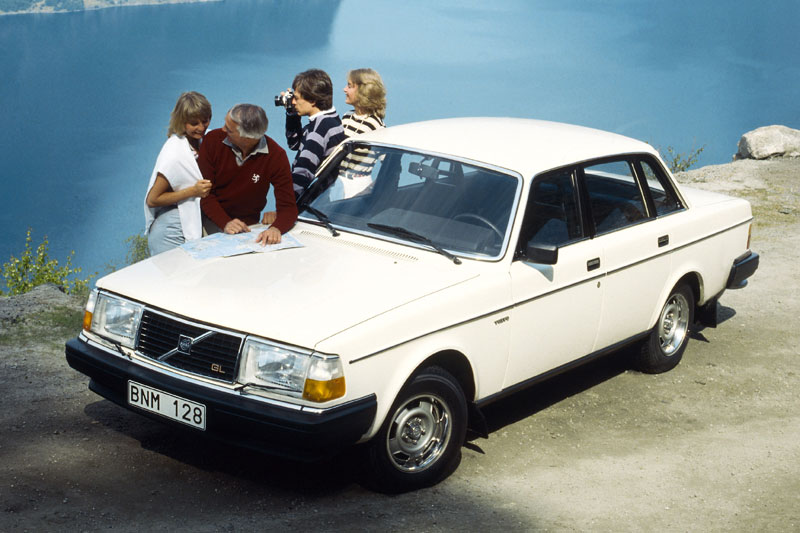 1980 Volvo 244DL - Information and photos - MOMENTcar