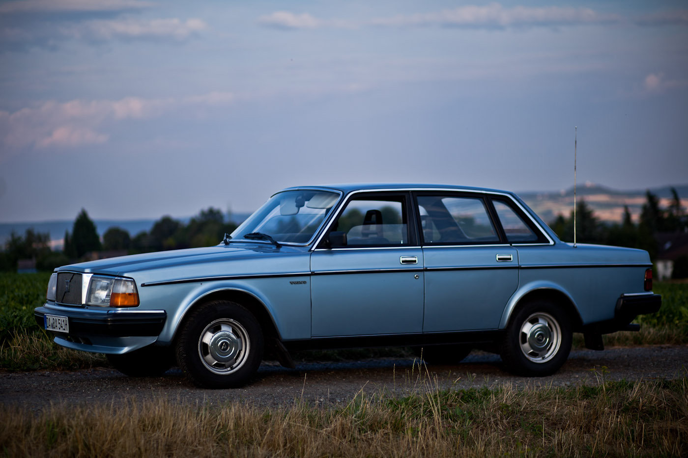 Download volvo-264-6.jpg