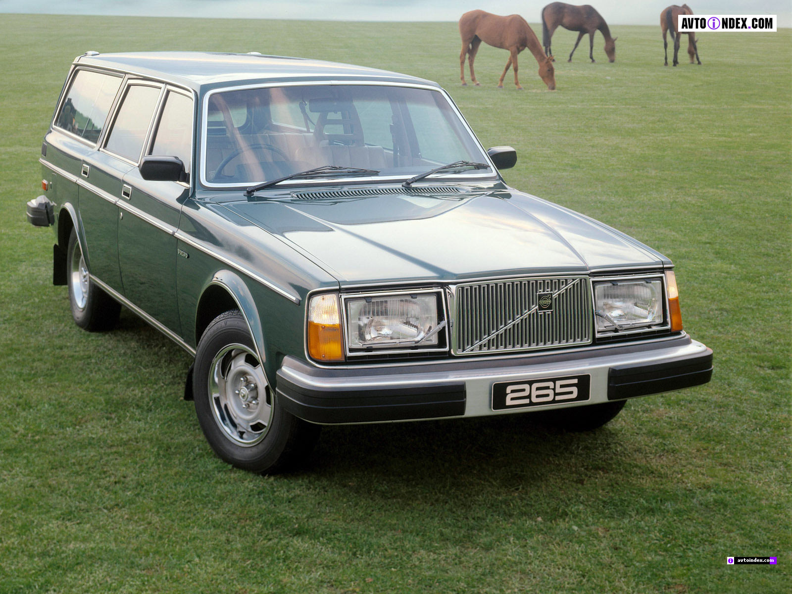 Download volvo-265-1.jpg