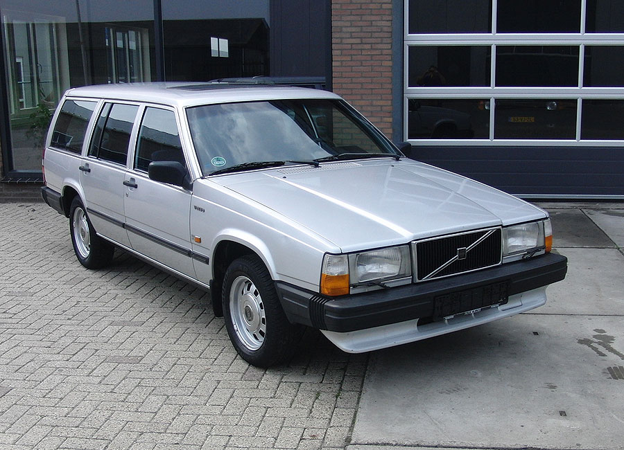 1986 Volvo 740 - Information and photos - MOTcar