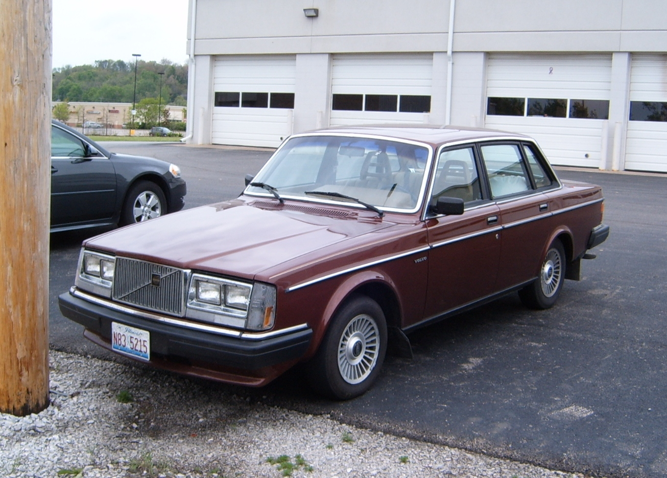 1985 Volvo GL - Information and photos - MOMENTcar