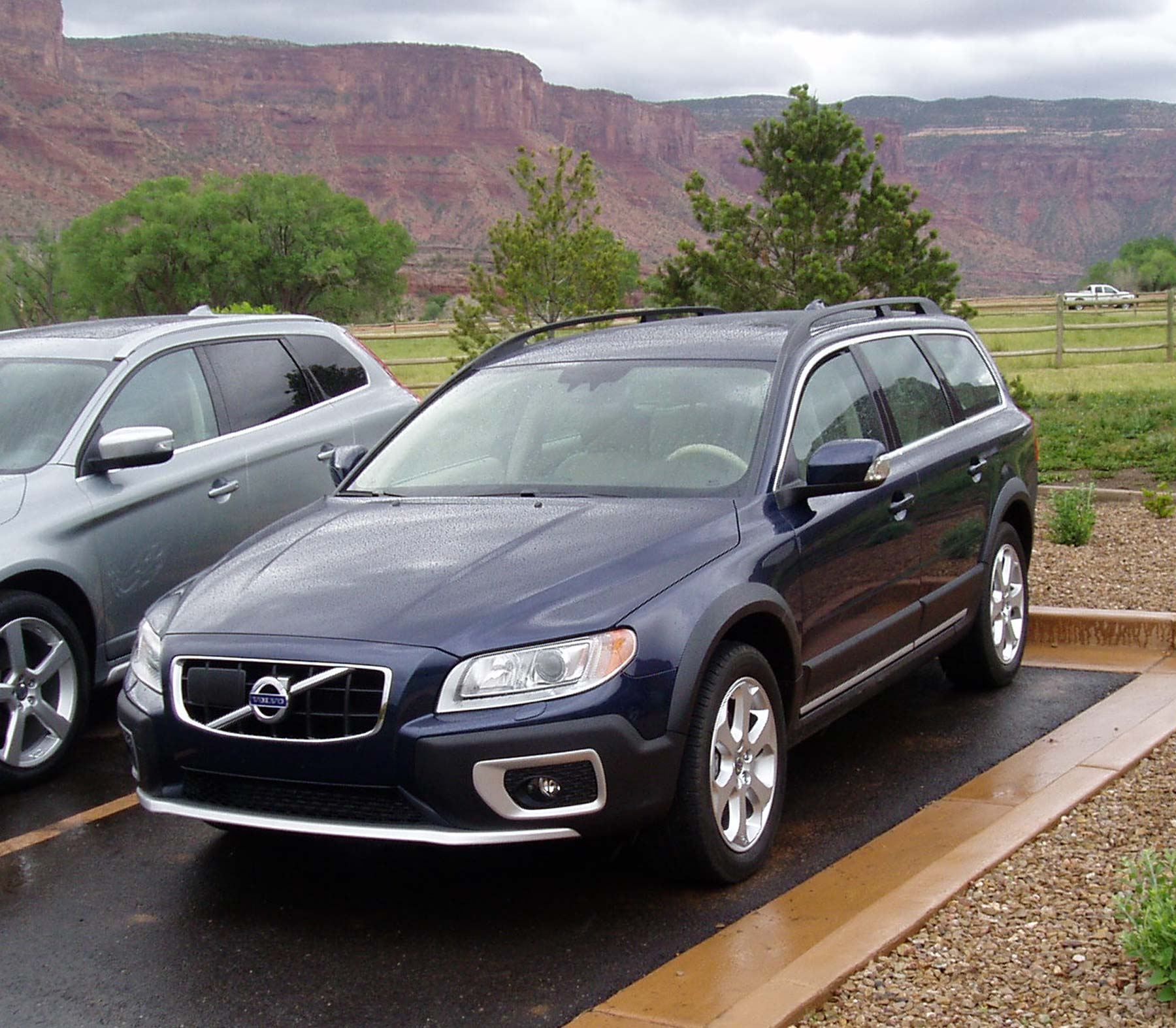 Volvo V70 Cross Countryvolvo Xc70 At Concept Youtube 2004 Country 299px Image 2