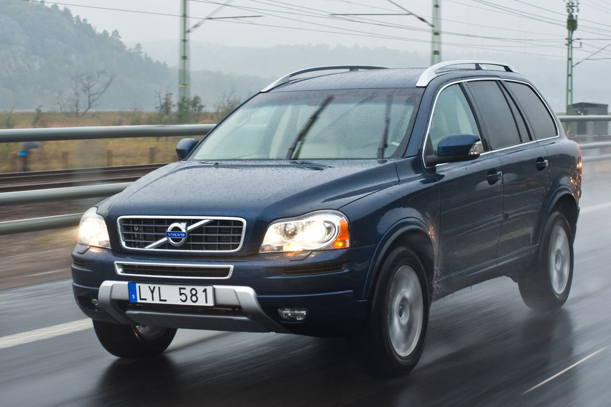 2011 Volvo XC90 - Information and photos - MOMENTcar
