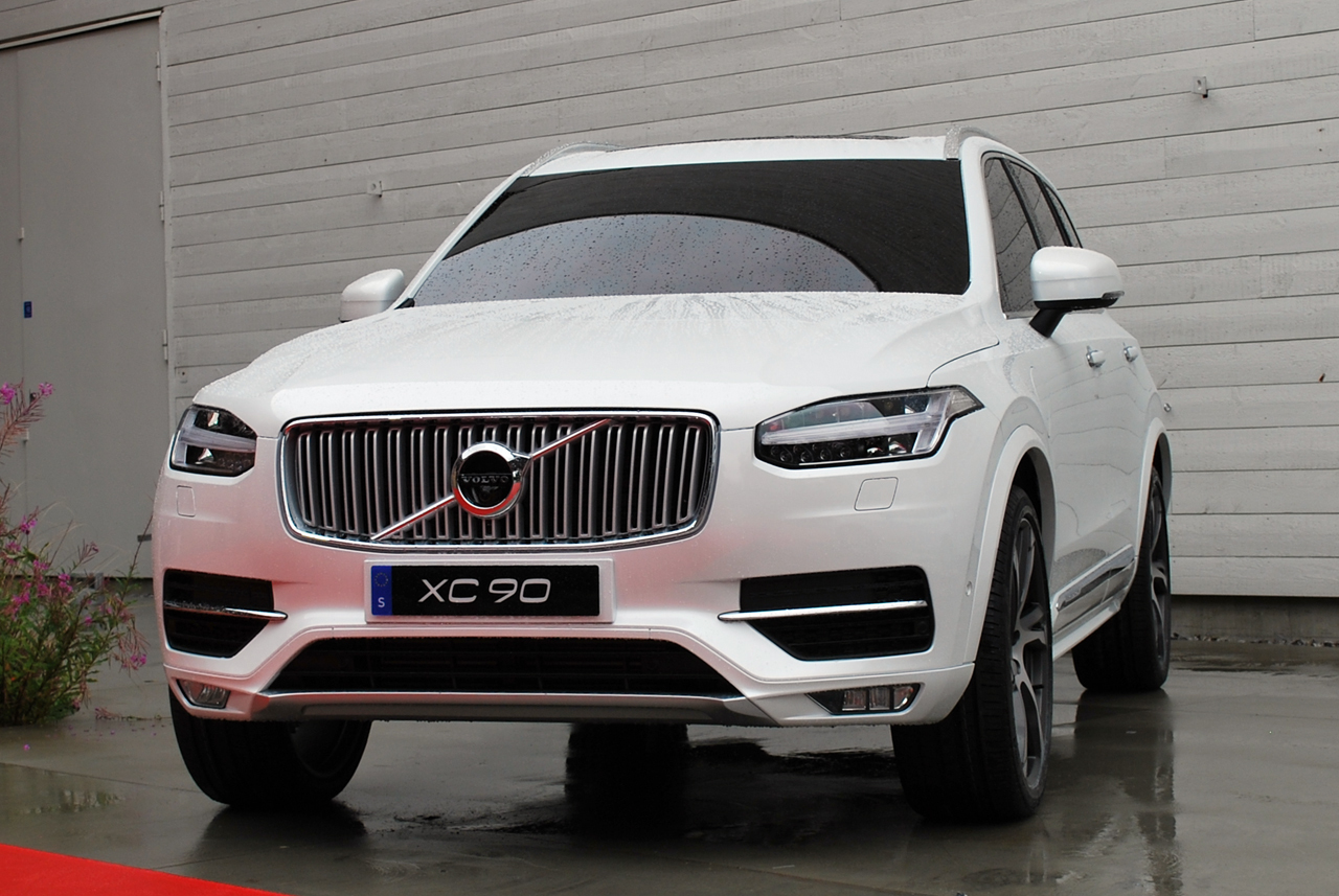 2015 volvo xc90 information and photos momentcar. Black Bedroom Furniture Sets. Home Design Ideas