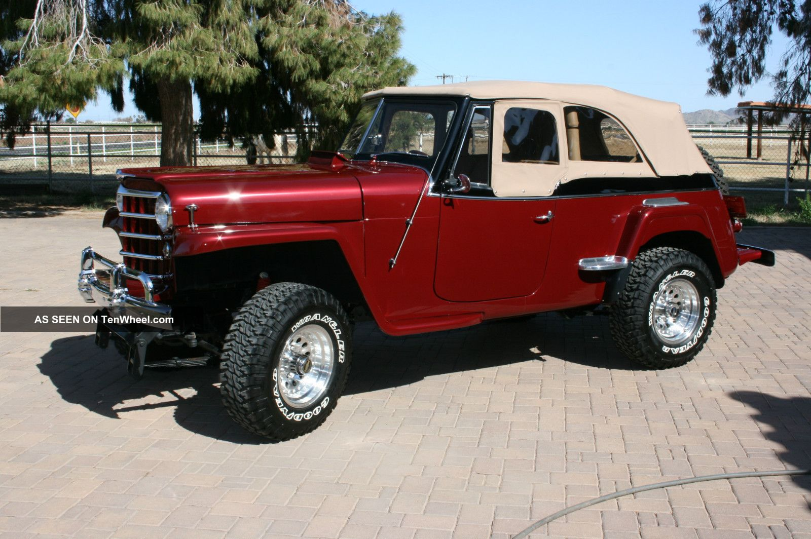 Willys Jeepster #11