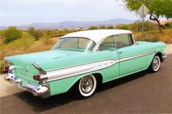 1957 Pontiac Super Chief