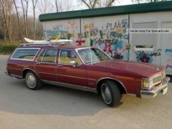 1980 Oldsmobile Custom Cruiser