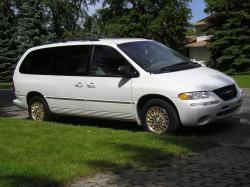 1996 Chrysler Town and Country