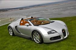 Veyron Grandsport still remaining the most jaw-dropping Bugatti 2009 model
