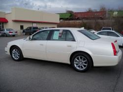 Cadillac DTS Luxury I #22