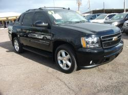 Chevrolet Avalanche 1500 LS #24
