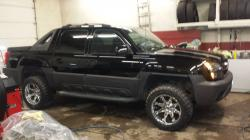 Chevrolet Avalanche 2500 LS #8