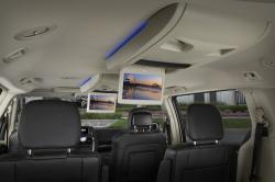Chrysler Town and Country 2014 #14