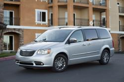 Chrysler Town and Country 2014 #16