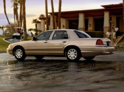Ford Crown Victoria 2011 #9