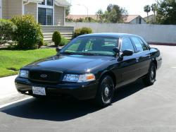 Ford Crown Victoria #20