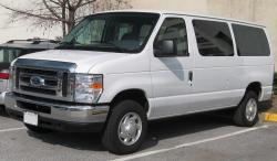 Ford E-350 Chateau Super Club Wagon #18