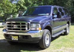 Ford Excursion XLT Value #9