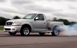 Ford F-150 SVT Lightning #43