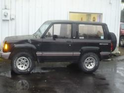 Isuzu Trooper RS #20