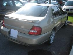 Nissan Altima GXE #30