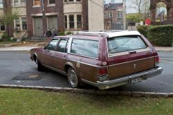 Oldsmobile Custom Cruiser 1986 #14