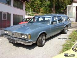 Oldsmobile Custom Cruiser 1986 #9