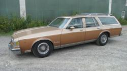 Oldsmobile Custom Cruiser #10