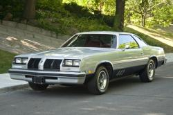 Oldsmobile Cutlass 1977 #13