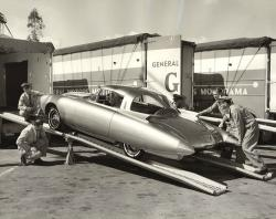 Oldsmobile Golden Rocket #12