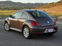 Volkswagen New Beetle Base #7