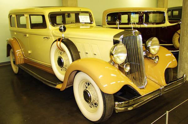 1933 Hupmobile Series I-326