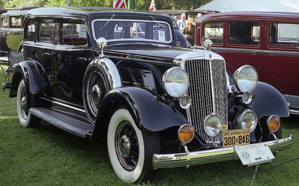1934 Hupmobile Series F-442