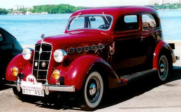1935 Plymouth DeLuxe PJ