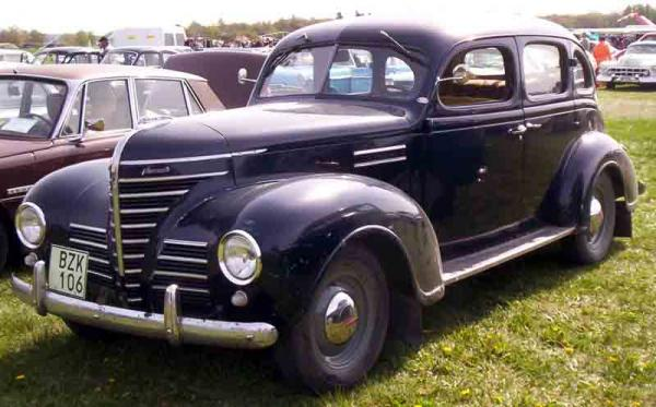 1939 Plymouth Roadking