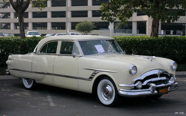 1937 Packard 120CD - Information and photos - MOMENTcar