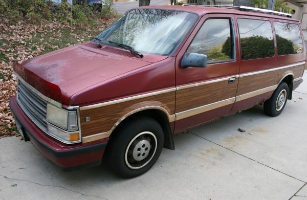 1988 Plymouth Grand Voyager