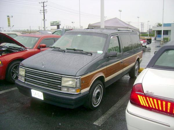 1989 Plymouth Grand Voyager