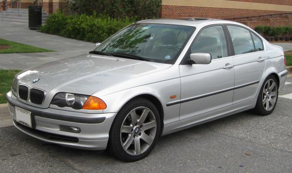 BMW 1998 3 Series is everything that you may look for in a hatchback