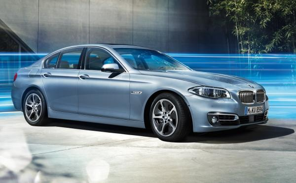 BMW ActiveHybrid 5 Base #2