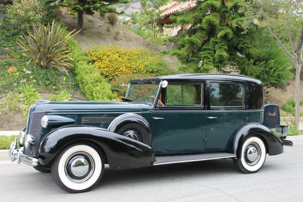 1937 Buick Limited