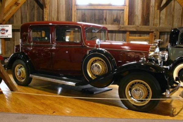 Buick Series 90 1932 #4