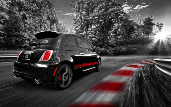 Fiat 2015 Abarth differs significantly