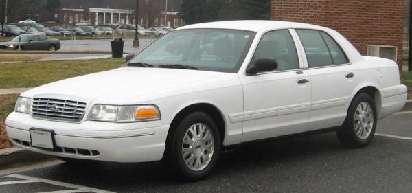 Ford Crown Victoria 2007 #2